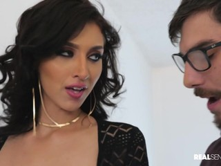 Deepthroating and hard fuck with Bella Rolland